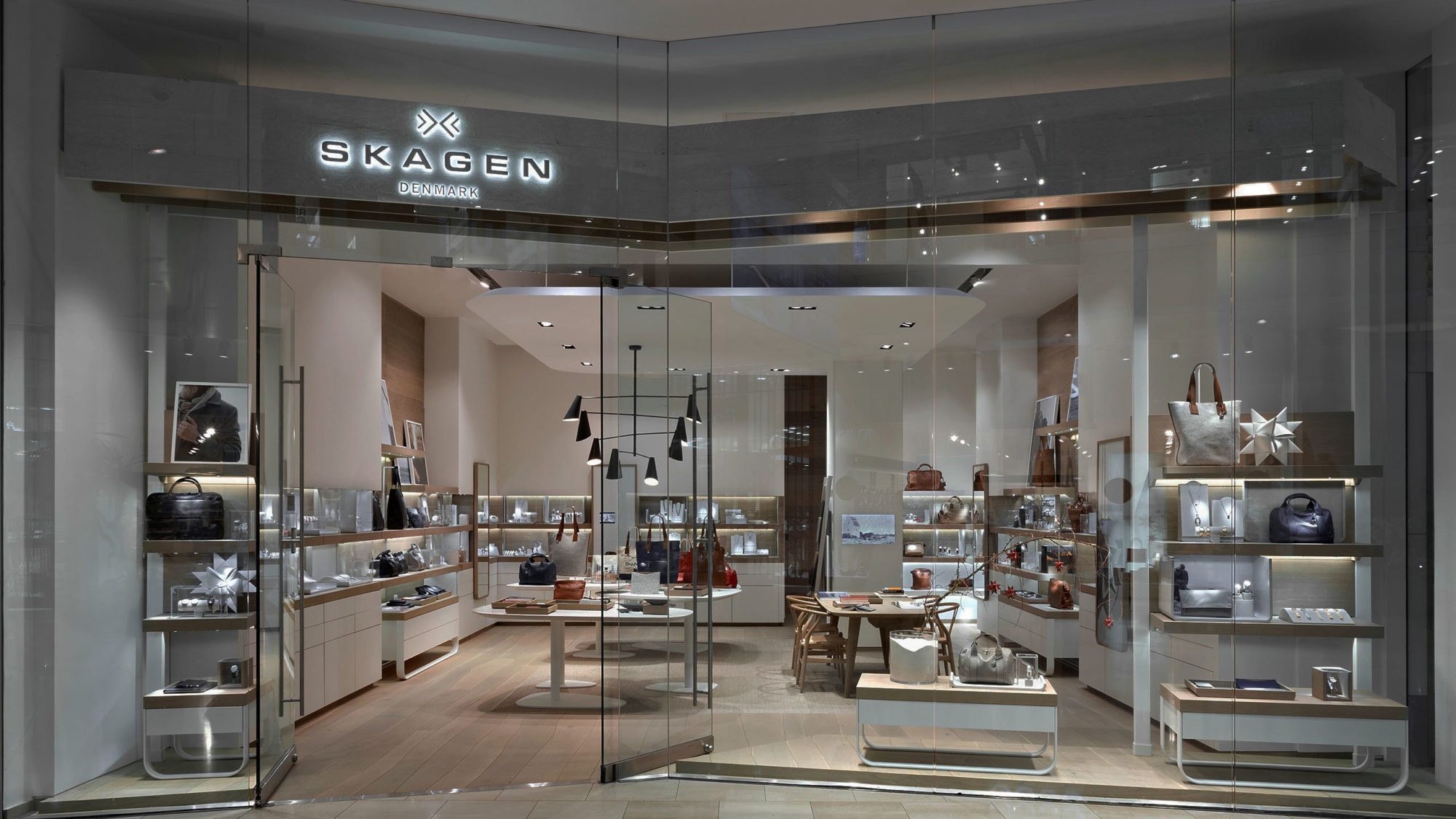 Retail & Hospitality Experience